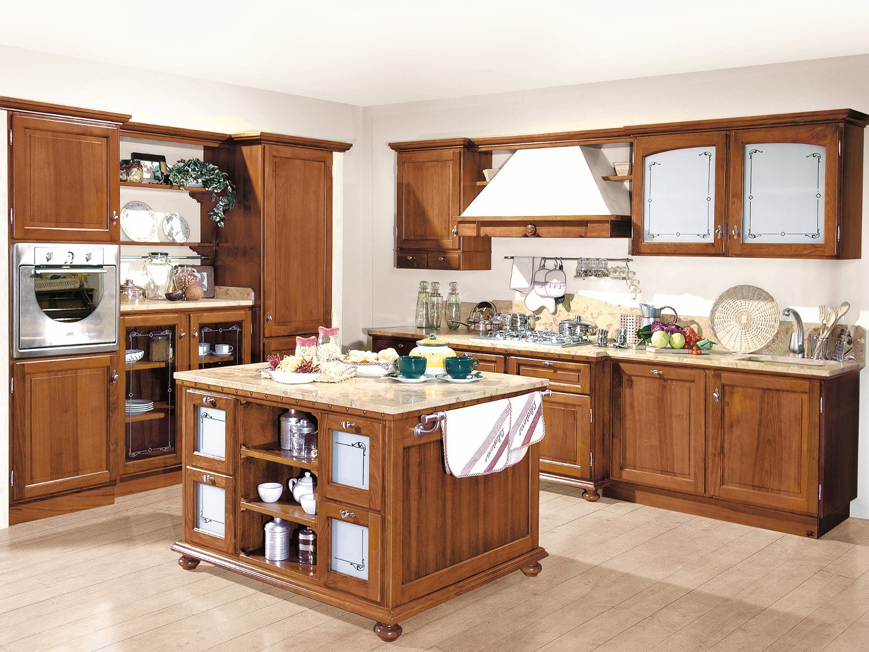 Arredamento cucina in stile 800 in legno noce massello zuliani arredamenti - Cucine con vetrate ...